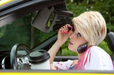 multitasking-driving